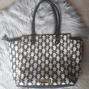 Betsey Johnson Bags - Large Betsey Johnson Tote with bows